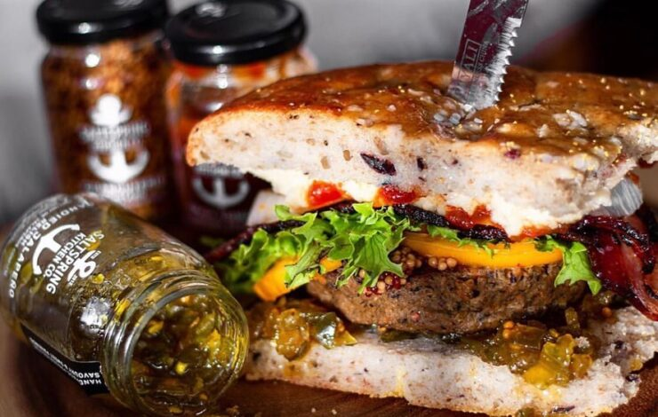 The Best Burgers - Tips by Top Chefs, Also Cheese Pairing Ideas and Topping Suggestions!!