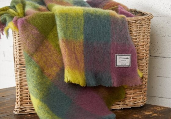 Herma's News - Bringing Downton Abbey to your Kitchen, Rustic Irish Charm with Stoles and Throws, Herma's Seafood Collection and More